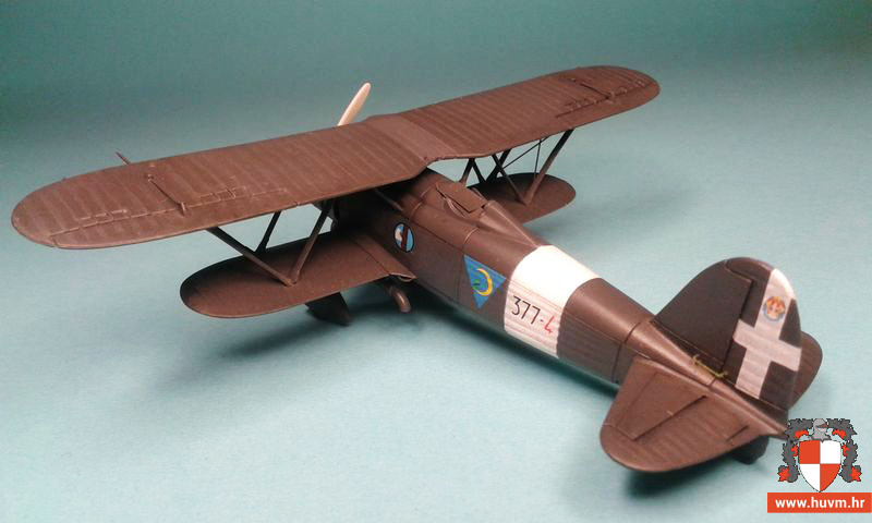 CR.42 Falco 1/72 – by Stips